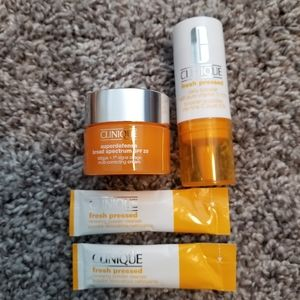 48-hr SALE! Clinique MINI Bundle